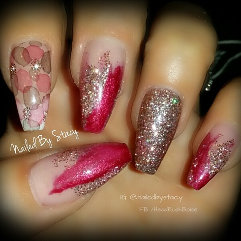 elegant champagne  nail art gallery