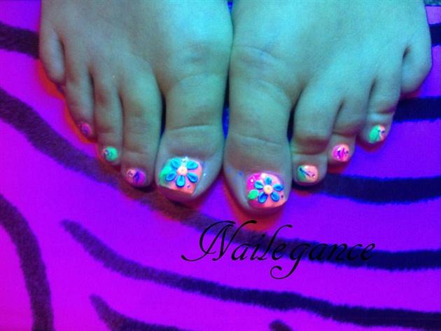 Neon Acrylic Toes