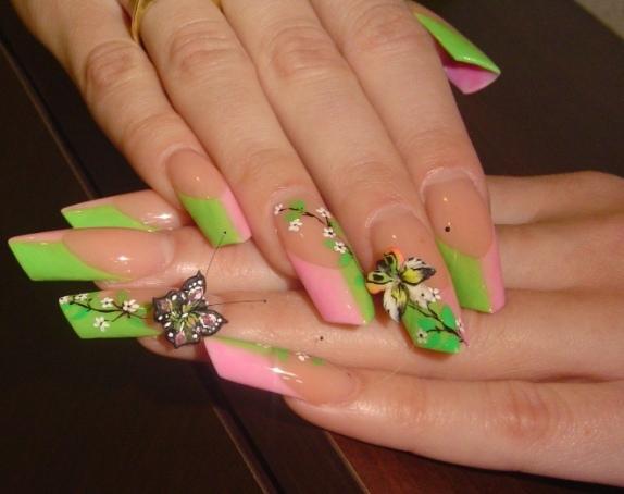 розово-зеленый френч с бабочками фото. dizain-nogtej-french-s-babochkami-7.