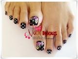 Dots Toes