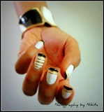 Striped black french tips