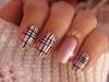 Cozy plaid Nail art