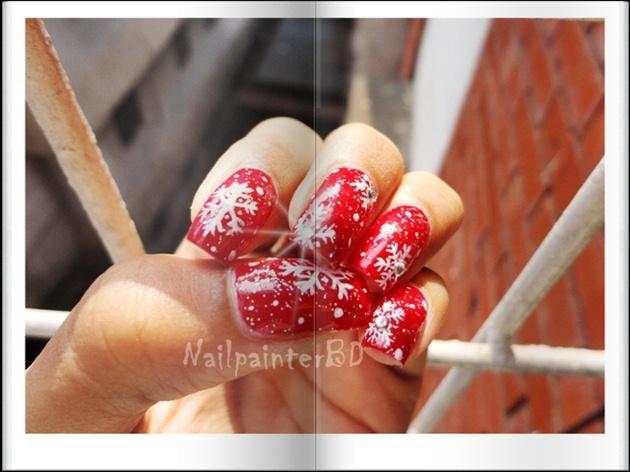 Red Christmas nail