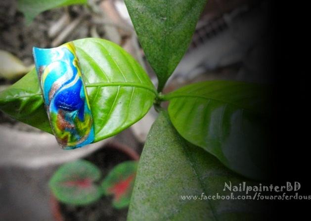 Peacock Marble nail