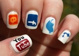 Social Network Nail Art
