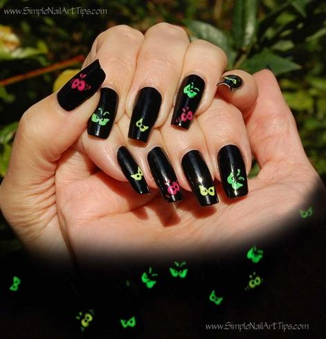 Halloween Spooky Eyes - Glow in the Dark