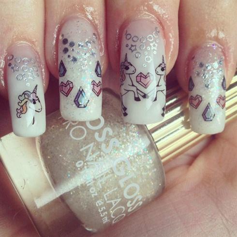 Unicorn Friend Nails