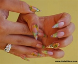 Short stiletto style summer nails