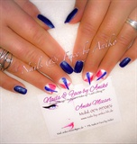 Nails in Blue - Crazy Style
