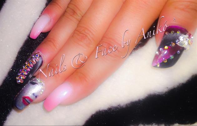 Crazy Nails / Pink & Swarovski & Tattoo
