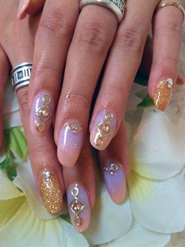 color gradation acrylic nails