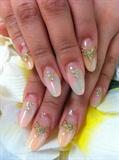 Rococo marble nails