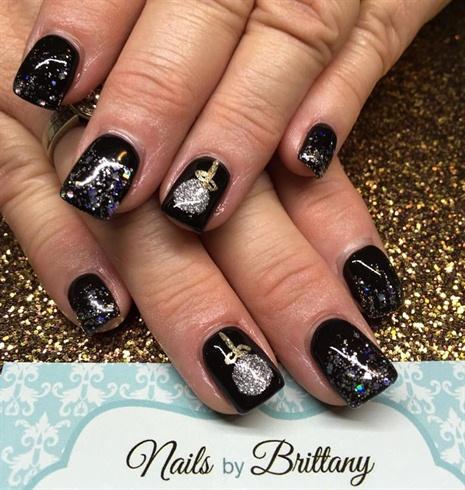 Christmas ornament nails nail art gallery christmas ornament nails prinsesfo Gallery