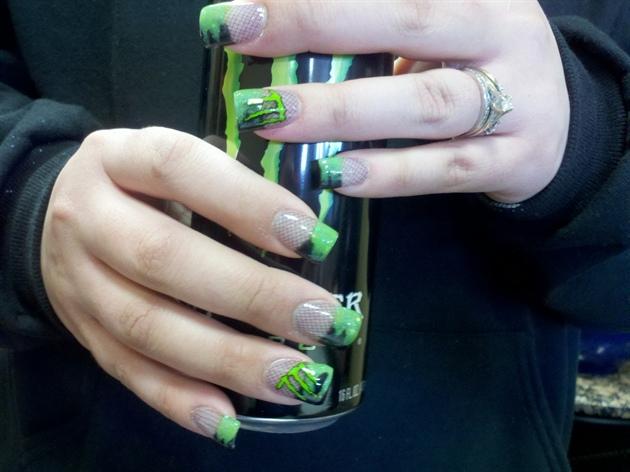Monster nails!