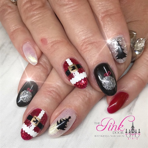 black and red christmas nails - Red Christmas Nails