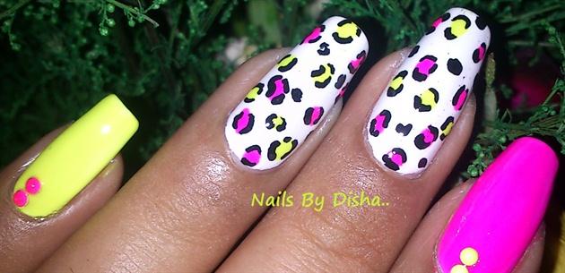 Neon Leopard Nail art
