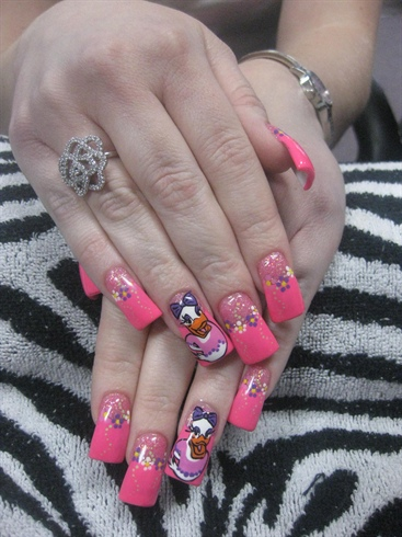 Daisy Duck & Flowers
