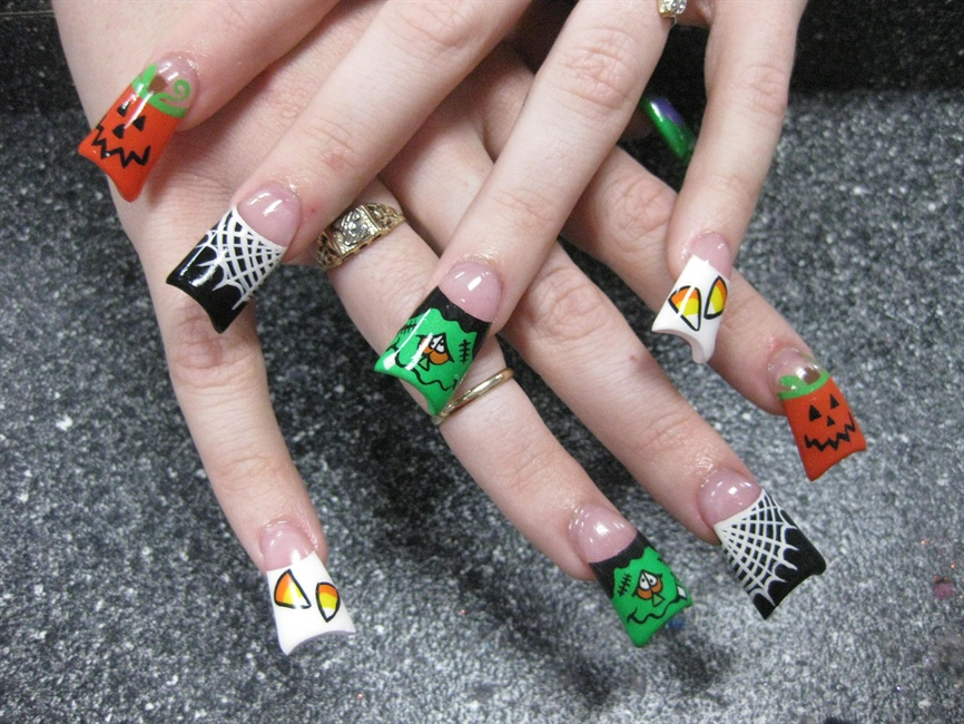 Jamies halloween nail art 2009 nail art gallery solutioingenieria Image collections