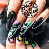 """Neon """"femme fatale"""" nails"""