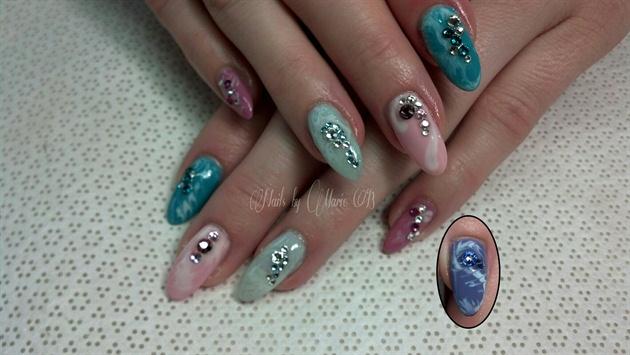 Pastel Nails