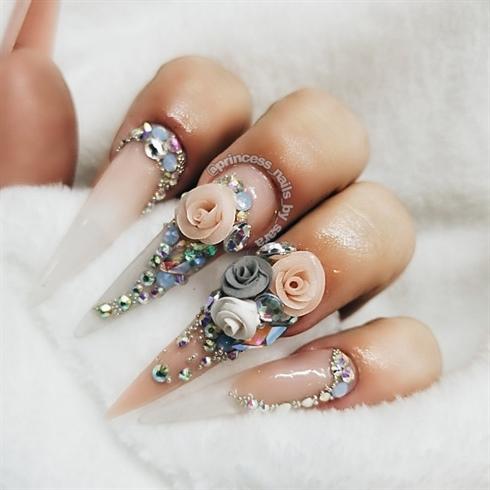 3d roses and Swarovski crystals