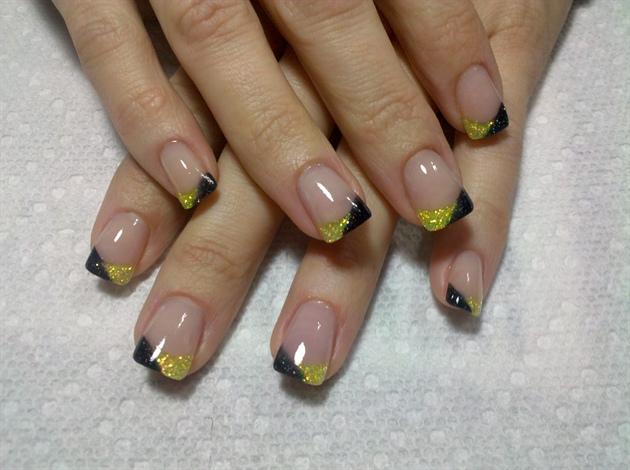 Фото красивого френча на ногтях