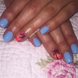 Gel Mani With Designs