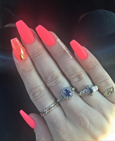 Bright Pink Matte Nails