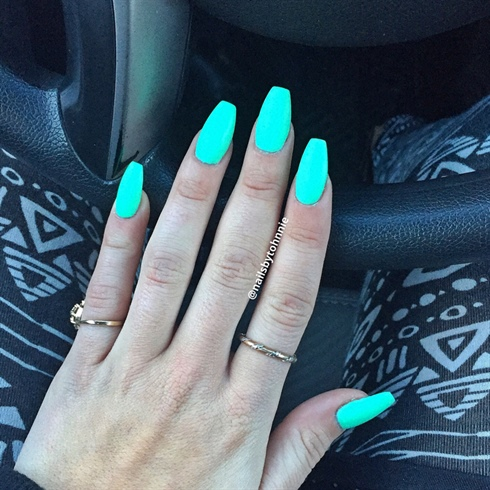 Mint Green Matte Nails