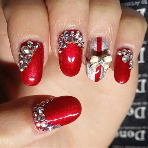 Christmas Bling Nails