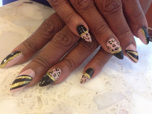 Goldnude Leopard Design Nail Art Gallery