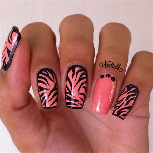 Zebra Nailart
