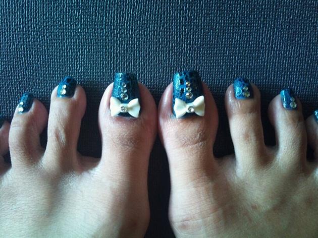 Happy Bday toes