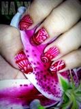 red mehendi nails
