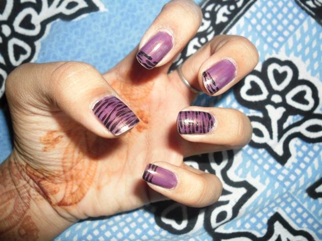 purple w stripes