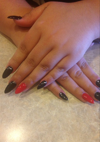 Almond Black Red Retro Sparkles