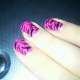 """""""Zebra"""" nail art"""