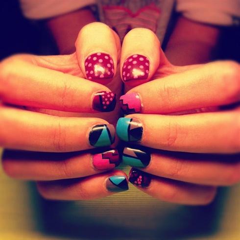 Abstract Nails .......Gel Nails