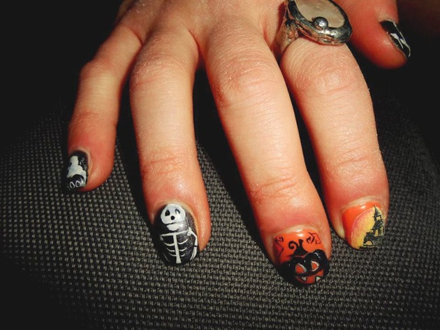Gel Nails with Halloween Design