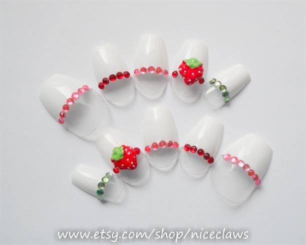 Strawberry Nails, Squareletto Nails 3D