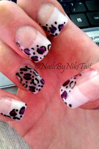 Leopard Acylic