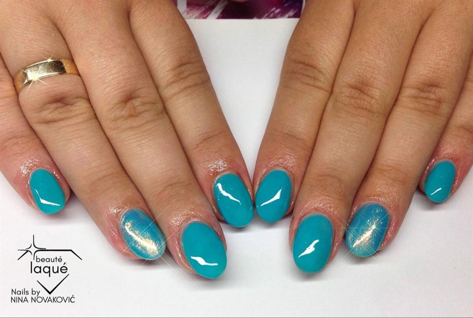 Blue and mermaid glitter - Nail Art Gallery