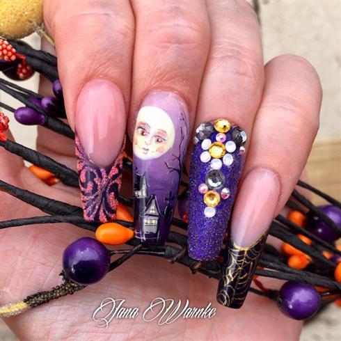 Spooky cute Halloween Nails By Jana