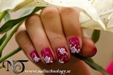2011-02-01 Nail Technology