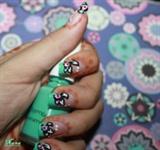 roses nail art