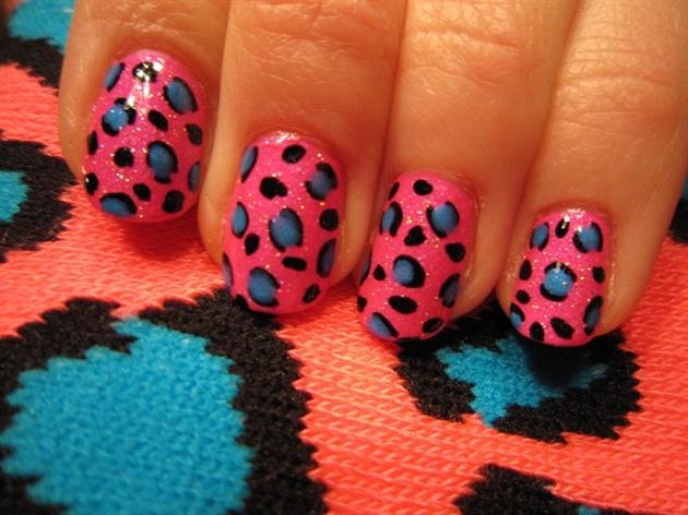 Animal print pink nails by nushka