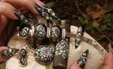 Violette & Accessories