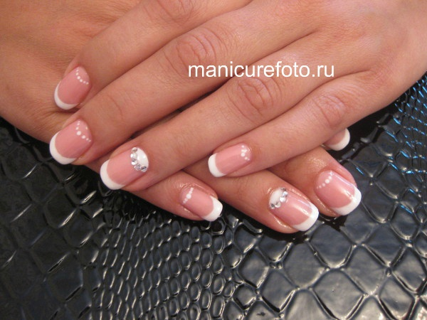 french moon manicure
