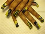 yellow and black pattern
