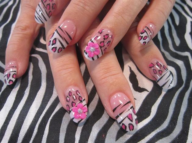 pink and black leopard / zebra